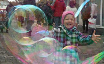 riesige seifenblasen zum geburtstag