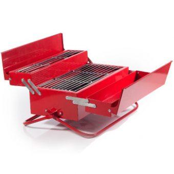 Maennertag und ein Grill als Werkzeugkoffer - sehr originell